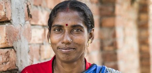 storie di adozione a distanza: Manorama