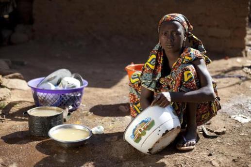 come aiutare i paesi poveri