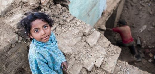 Nepal bambini orfani